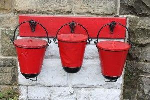 3 buckets image